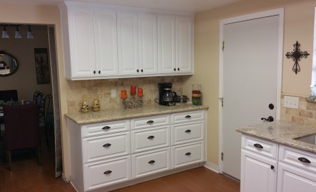 white finish kitchen cabinets