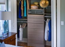 Custom closet cabinets in Fresno